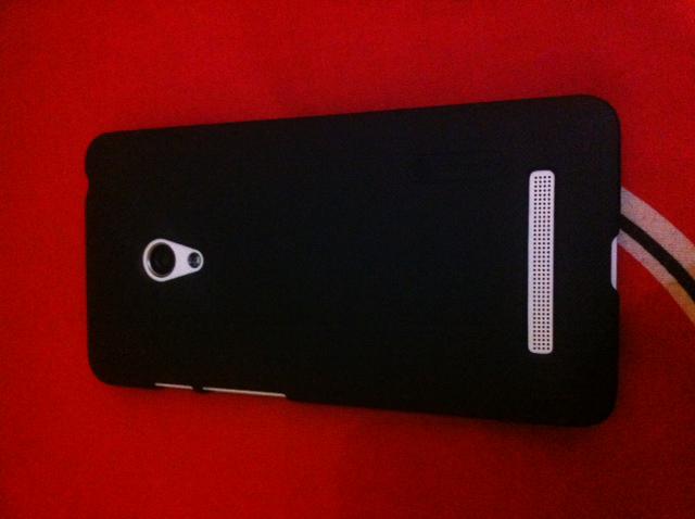 Asus zenfone / zenfhone 5, Ram 2Gb, Memory 8Gb.. Banyak Plusnya
