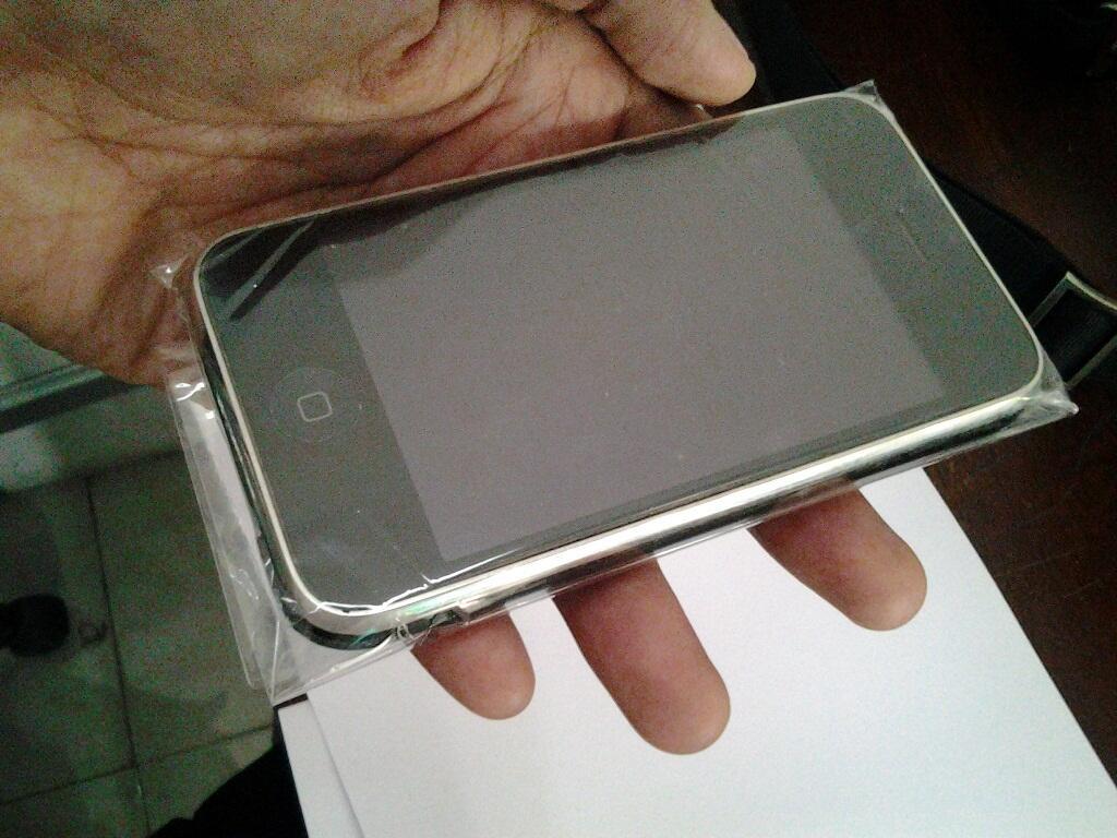iphone 3g 8GB kondisi mati/rusak, jual apa adanya