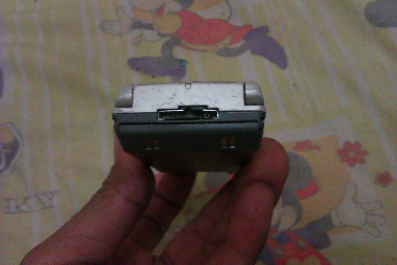 HP LANGKA SAMSUNG SGH M100 MULUS NORMAL