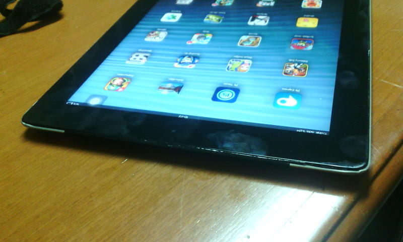 IPAD 2 3G + wifi 16 gb cuma 2,2 jtan aja ( daengjohncena )