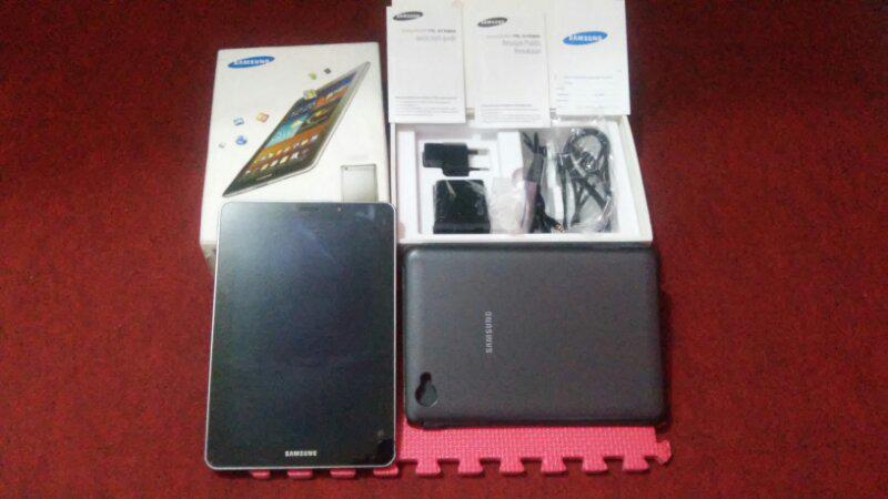 Tablet Super Amoled Samsung P6800 Internal 32GB (Malang,Surabaya,Ngawi,Semarang)