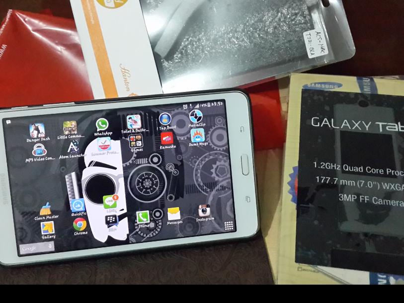Samsung Tab 4 7inch White 1bulan pakai Mulus Komplit SOLO