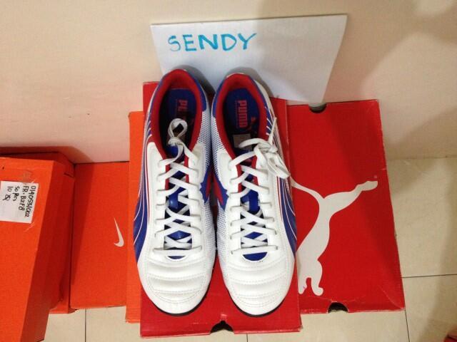 Sepatu Futsal Puma V6.11 Turf Baru 100%Original Hanya Rp 250rb Ngabisin Stok Aja Nih
