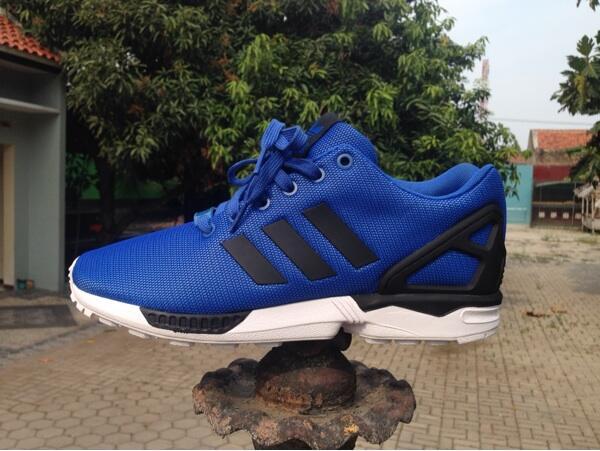 0ab3c7efa8c Wts : Adidas Zx Flux Satellite Blue (BNIB) & New Balance 57 Country Fair