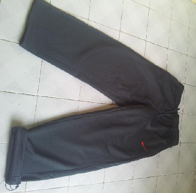 Jacket, sweater, hodie nike, adidas, Reebok Harley Davidson, Under Armour *original *