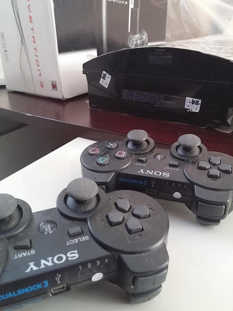 PS3 Fat 500gb CFW 4.55 full games baru + 2stik wireless + HDMI cod JAKARTA BARAT