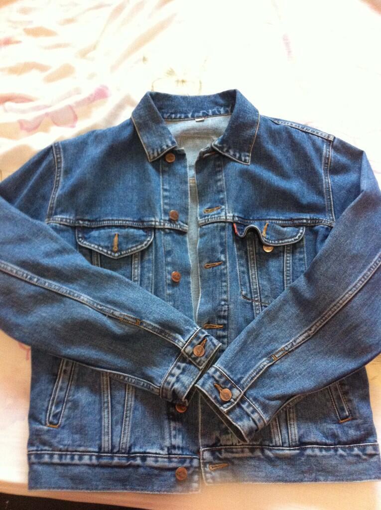 Jaket Jeans Lea Original ( Bandung )