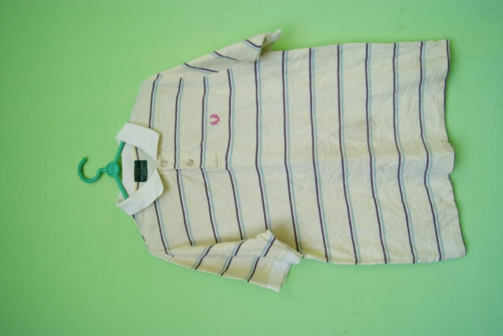 jual polo shirt BURBERRY , LACOSTE , FREDPERRY