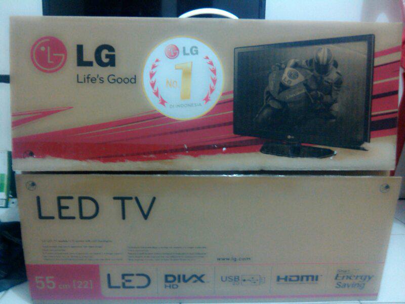 "LG LED TV 22"" 55cm wide HD resolution [Semarang]"