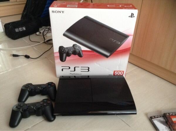 PS3 Super Slim 500gb Ori + 2 Stik Ori Wireless COD Depok