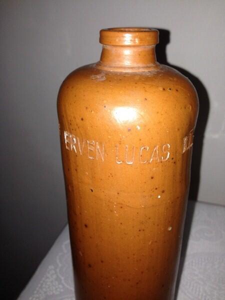 WTS Botol Antik Erven Lucas Bohl Malang