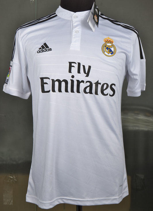 Jersey Real Madrid home asli grade original gan (harga bersahabat) lokasi solo