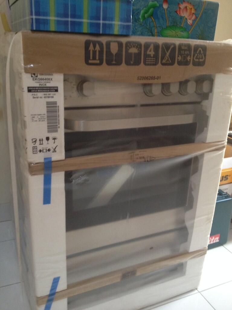 Kompor Gas Electrolux ( Free Standing Gas Cooker )