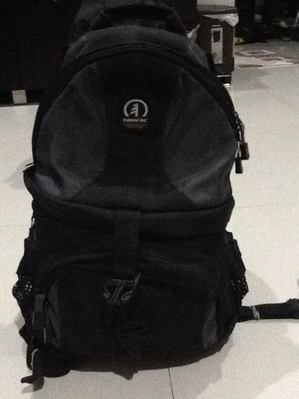 WTS : Lowepro Flipside 400 AW, Tamrac Adventure 6, Thinktank Mirrorless mover 30i