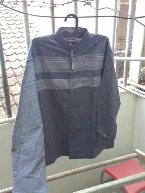 Terjual Baju Muslim Koko Taqwa Semi-Formal Merk Shafira BNWT  ede7ab4704