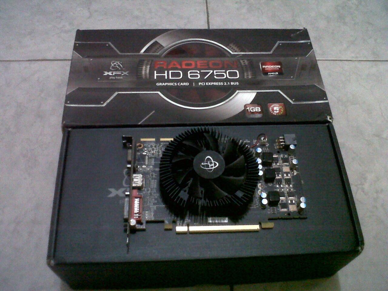 Rodeon 6750 1Gb 128Bits DDR5 ==> Depok