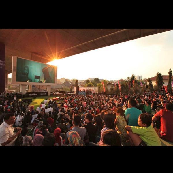Begini Serunya Taman Film Pertama di Indonesia yang Ada di Bandung