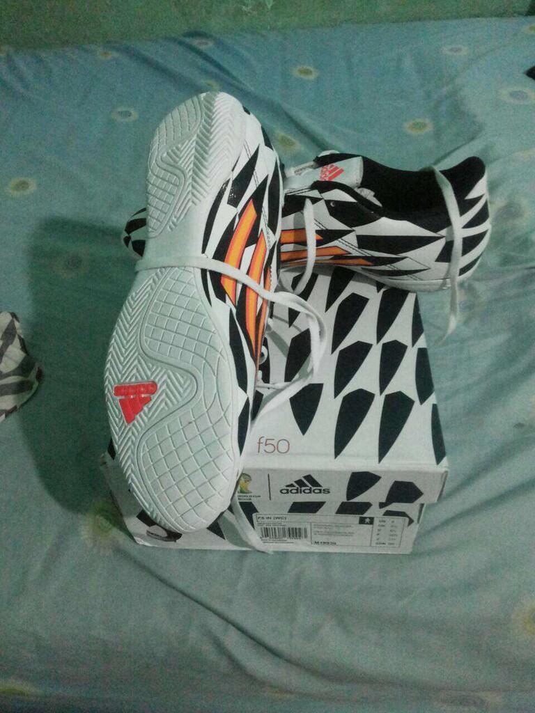 (WTS) Adidas F5 Worlc Cup Edition ORIGINAL