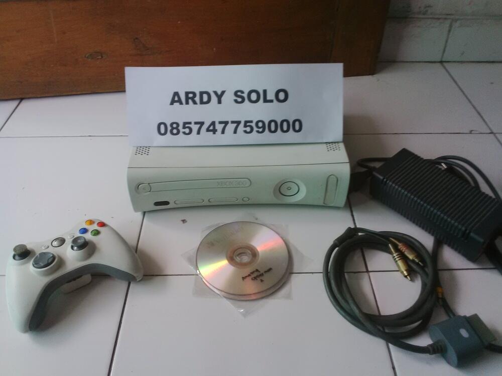 XBOX 360 JASPER WHITE LT3 + GAME
