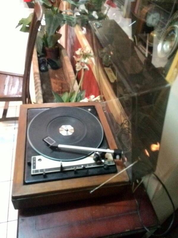 Turntable vintage merk Whardale Linton