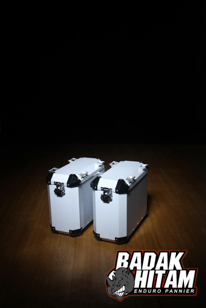 Paket hemat breket SB2013 + 2box shad SH40 for sidebox