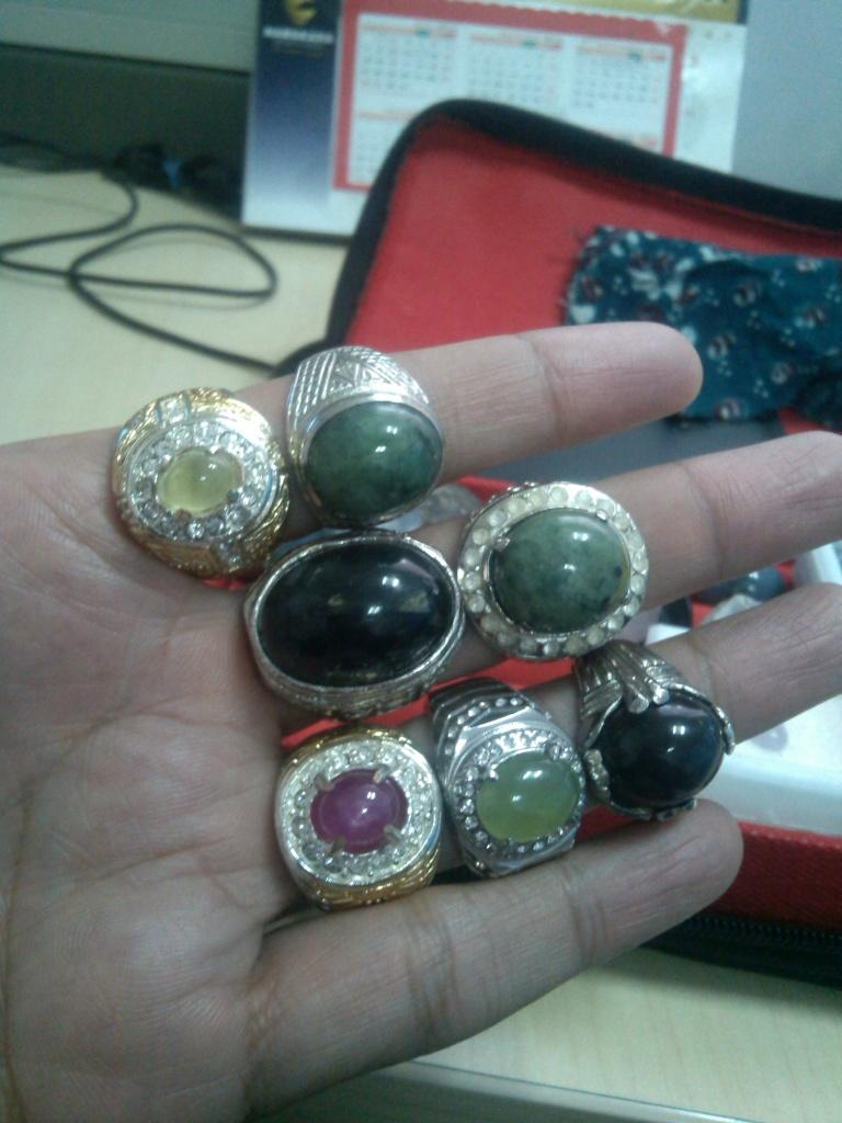 READY IN RING RUBY MADA, BICOLOR SAPPHIRE, BLUE OPAL, BLACK OPAL, S.DARE KJ,TS, PP