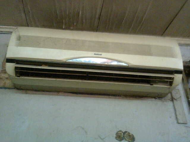Dijual 3 unit AC Sharp 1 1/2PK, kondisi Normal