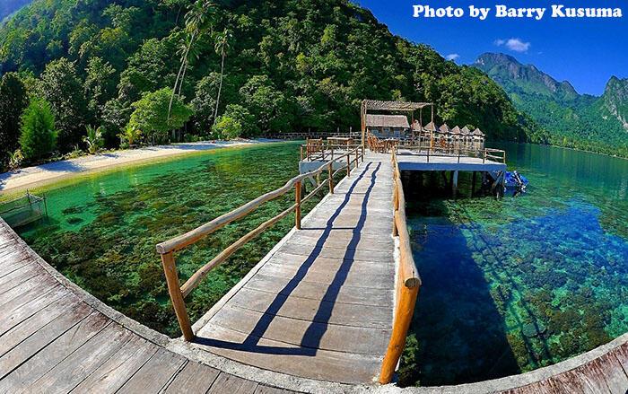 11 Destinasi Wisata Indonesia yang Harus Dikunjungi pada 2017.