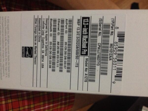 WTS Apple Macbook Pro 13.3 inch Mid 2012 beli Maret 2014 mulus maknyus jarang pake..