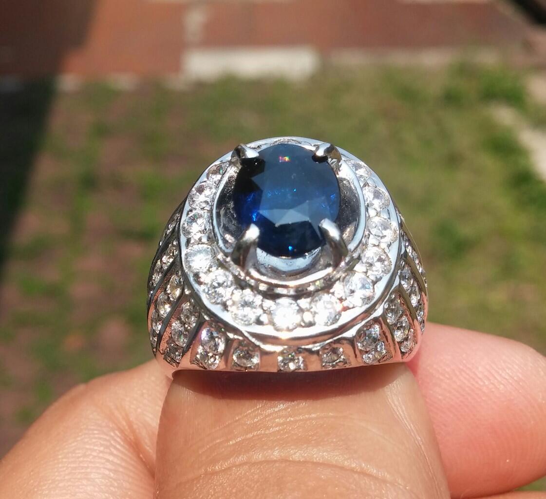 Royal BlueSapphire