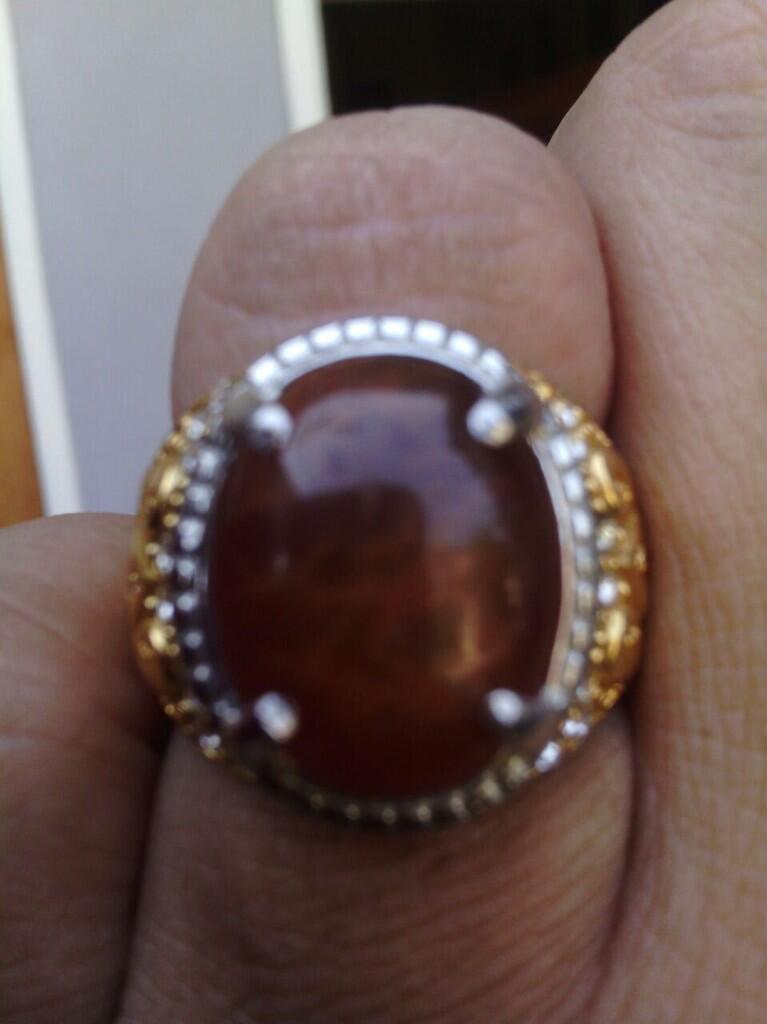 Batu Bacan Merah Obi + Ring Titanium