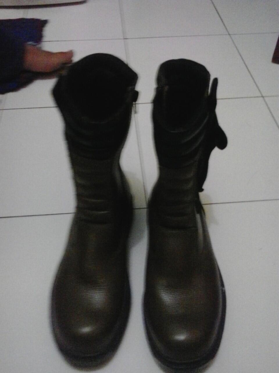 Sepatu boot FNT (fintoni) internasional
