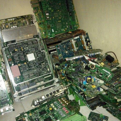 beli komputer di mangga dua