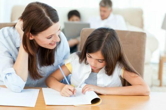 Membuat Anak senang Mengerjakan PR