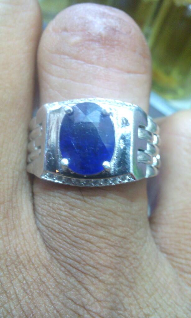 BLUE SHAPPIRE AFRIKA RING SILVER PESANAN