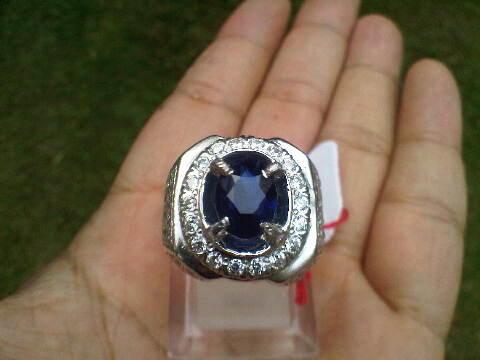 Real ROYAL BLUE Sapphire Ceylon