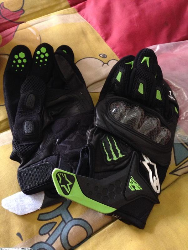 [Aero Motoshop] Apparel new & second - Gloves, Jacket, Balaclava (Alpinestar, Komine]