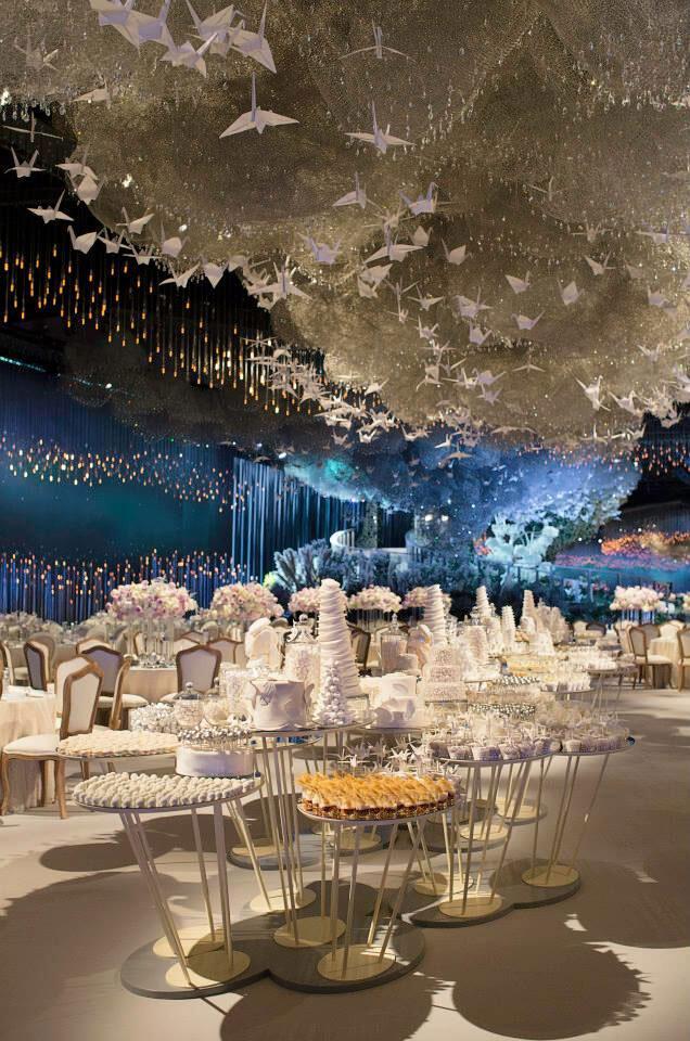 Cantik, Intip Resepsi Pernikahan Seindah Surga di Dubai Ini