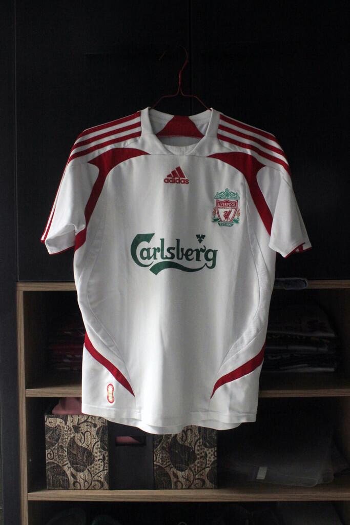 Jersey Liverpool - Away 2007 / 2008 Gerrard 8 - XL boys