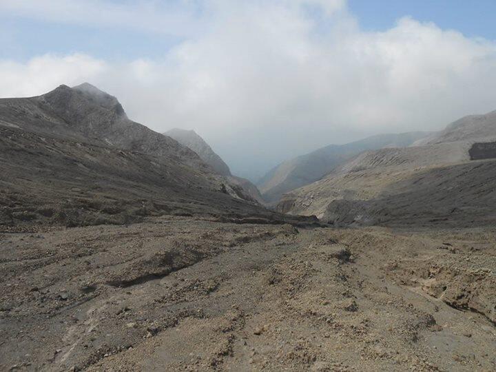 Kelud via Tulungrejo Blitar - Menikmati Kawah Baru Pasca Erupsi 2014