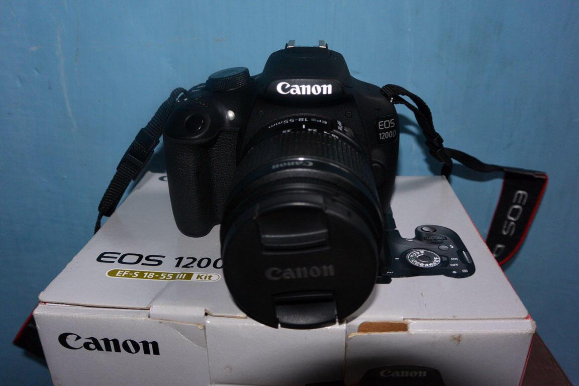 Terjual Kamera Dslr Canon 1200d Lensa Kit Fullset Garansi 10 Bulan Eos 18 55mm Bandung