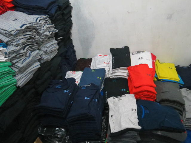 SWEATER+KAOS KERAH COLUMBIA,KAOS+HOODIE UNDER ARMOUR,KAOS YOGA PILATES DLL