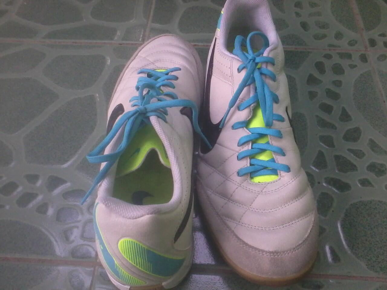 Sepatu Futsal Nike Tiempo Natural IV leather (kulit asli) size 45 (fit 44) #Nego