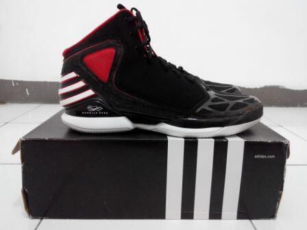 Adidas Derrick Rose 773 & Crazy Light - Size 46