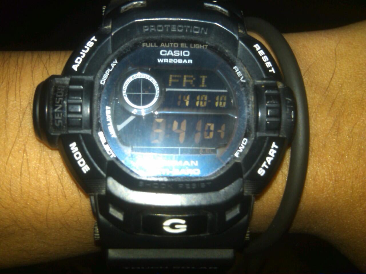 Terjual CASIO G-SHOCK G9200 BW BANJARMASIN  1e2b8bb7e8
