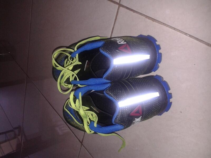 Sepatu Lari Trail Running Reebok All Terrain Super UK45