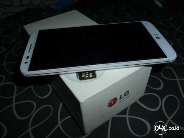 WTS LG G2 32GB WHITE (Pemakaian 4Bulan)