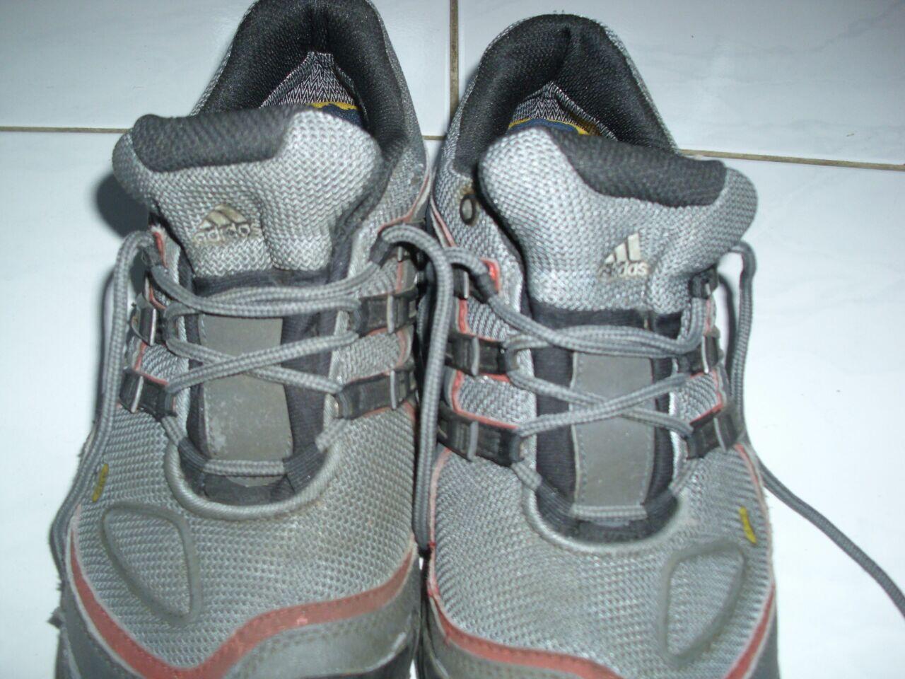 Terjual Jual Sepatu Adidas Terrex Goretex  8893680028