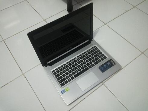 ASUS A46CB FOR GAMING. core i5-3317u. nvidia gt740m 2gb. slim series. mulus gan