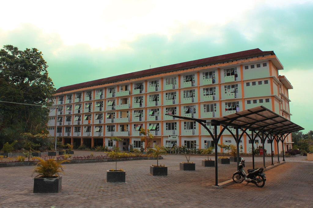 tempat tempat seram di unnes universitas negeri semarang